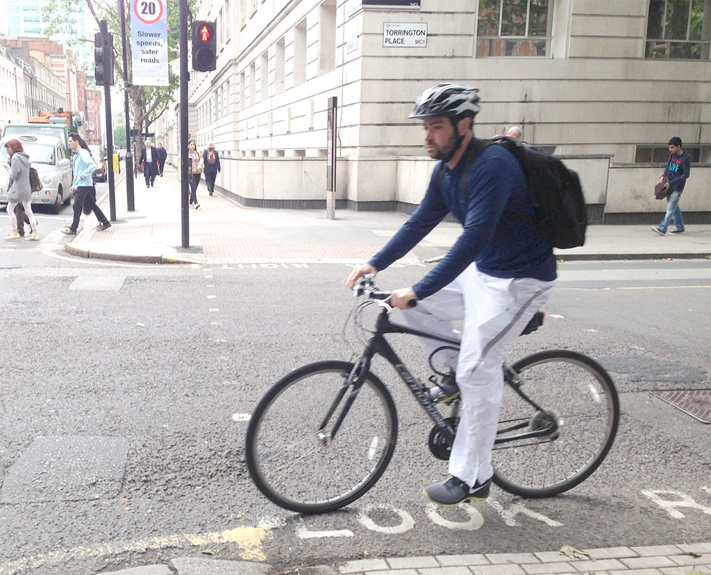 Typical commuter rig. Near the University of London.